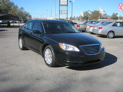 2014 CHRYSLER 200 4dr Auto Black 10995 888-640-5901