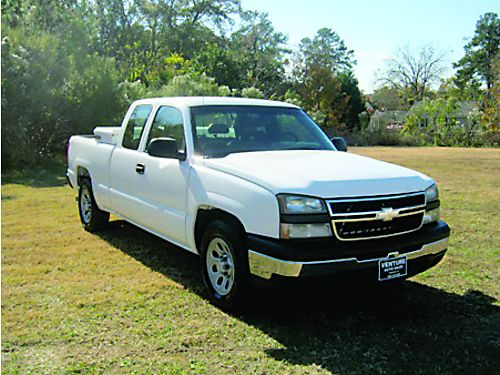 2006 CHEVROLET SILVERADO 1500 4dr Ext Cab V8 Auto AC Bedliner One Owner Extra Nice Only 10