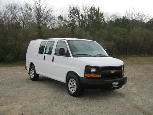 2014 CHEVY 1500 EXPRESS CARGO VAN 61k Miles 43 v6 Empty Inside Great on Gas Fun to Drive Only
