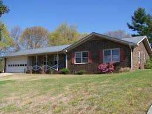 RENT 2 OWN HOMES This 3br 2ba Home 700mo Call Bob Hale Realty 706-796-2274 or text rent2own to 70