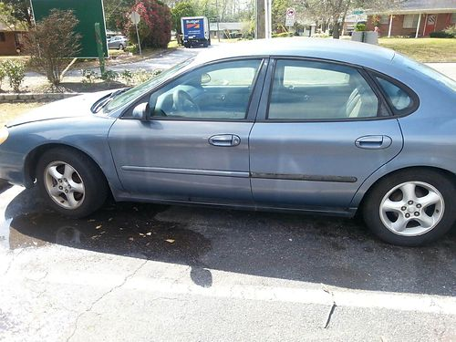 2002 FORD TAURUS SES Clean Dependable 1600obo 803-641-0620