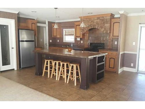 Rent To Own Spectacular Value 32 Mossy Oak 28x60 Glamour Bath Thermopane Windows Central AC 43