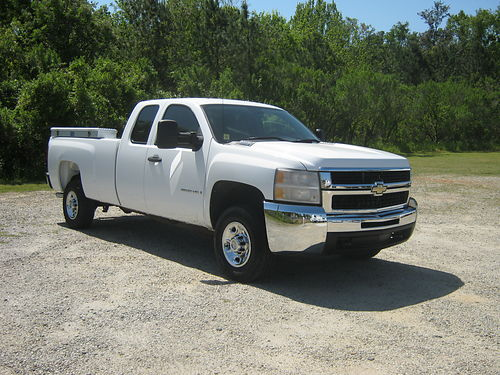 2008 CHEVY 2500 HD SILVERADO 4dr Ext Cab v8 2 Side Toolboxes Longbed Built to Work Hard Only