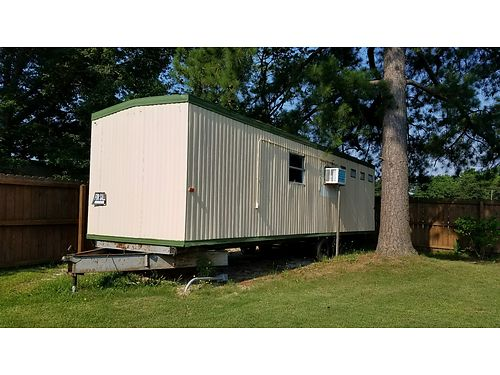 MOBILE OFFICE TRAILER 8x30 total electric 2 wall heaters no plumbing asking only 1850