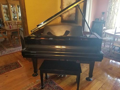 PIANO Baby Grand Player by Bergman black excellent condition paid 15000 will sell 8000 obo fo