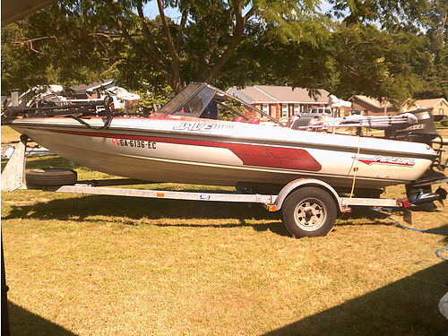 1991 JAVELIN BASS 16 115hp Evinrude motor trolling motor canopy 4 rod holders 2 deep wells 2 l