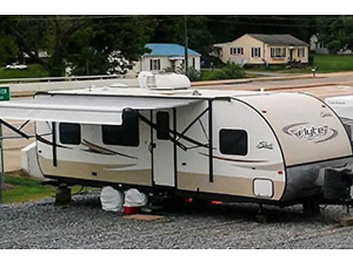 2014 SHASTA FLYTE BY FOREST RIVER 25' ...