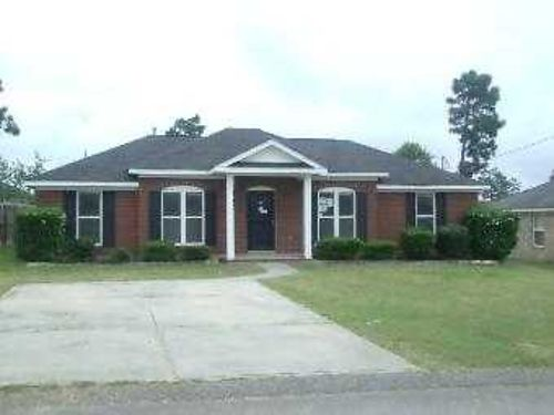 RENT 2 OWN HOMES This 3br 2ba 755mo Call Bob Hale Realty 706-796-2274 or text rent2own to 706-840