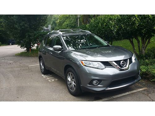 2014 NISSAN ROGUE one owner just turned 40k miles loaded with navigation new Michelin tires exte