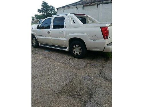 2002 CADILLAC escalade 60 motor interior good bucket seats xc wrecked in front selling for part