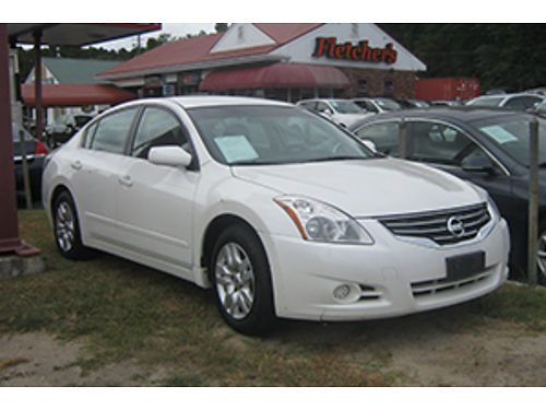 2011 NISSAN ALTIMA 4Dr Auto White Leather 6900 Call 1-800-805-7984