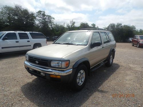 1998 NISSAN PATHFINDER 4dr Auto Silver 1495 Call 803-642-6530