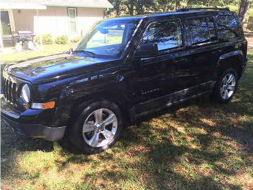 2012 JEEP PATRIOT LATITUDE 1 owner loaded 93k miles weathertech floormats lady driven vgc all m