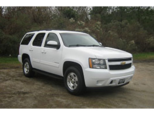 2011 CHEVY TAHOE LS 4x4 53 V8 All Power 3rd Row USB Bluetooth One Owner Extremely Nice Onl