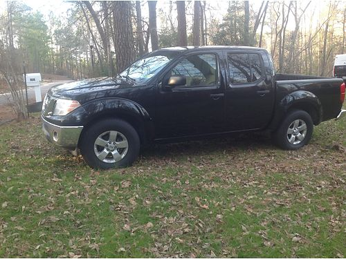 2010 NISSAN FRONTIER crew cab manual trans 184k miles new clutch at 110k miles 1 owner looks gr