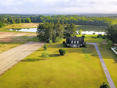 SWAINSBORO 6Br 3Ba 3500sqft Brick Home on 26 Acres 2 Ponds with Catfish and Trophy Bass 2 Fields f