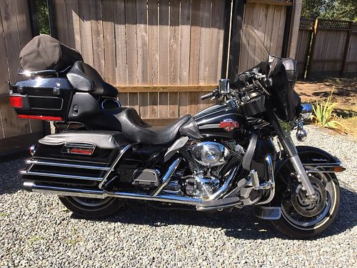 2006 HARLEY Ultra Classic 88cuin 5-speed 35k miles Screaming Eagle exhaust dealer serviced cl
