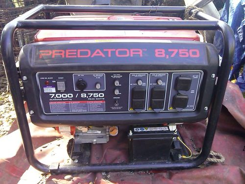 2015 PREDATOR 7000W new battery new cable 240V converts to 110V ran 1 hour works like new Redd