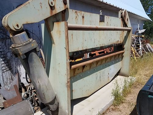 PRESS BRAKE 250-ton 10 throat good shape needs dies 4500 530-945-6777