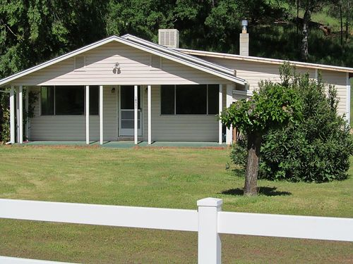 GOT IT ALL 2-bedroom 2-bath remodeled 62 acres rental space income well 249000 Owner Finan
