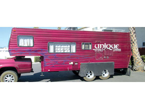 5TH WHL CUSTOM TRAILER - Come pick up this awesome custom 5th wheel trailer Every knick knack R7K