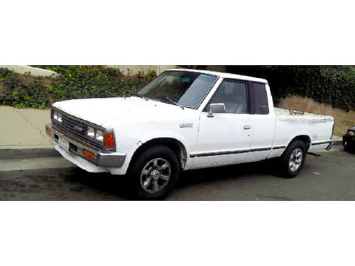 1985 NISSAN KING CAB auto 4cyl new rims radiator fresh trans flush rblt eng good tires runs