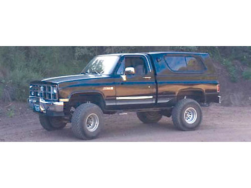 1981 GMC SIERRA 1500 PICKUP 4X4 blk auto one owner custom shell cover roll bar too much to l