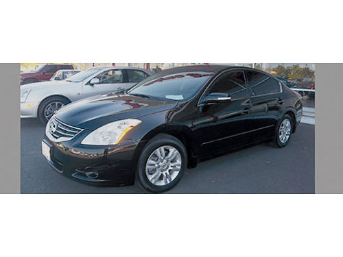 2010 NISSAN ALTIMA 25S - luxury black beauty clean Carfax auto 4 cyl gas saver super clean lo