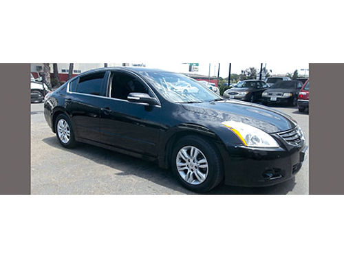 2010 NISSAN ALTIMA 25S - extra luxury  sporty black beauty All power rear camera super clean l