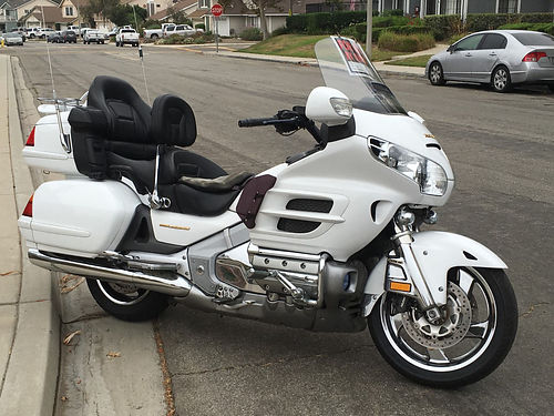 2004 HONDA GOLDWING GL1800 XLNT cond 73Kmi ABS All Kuri trunk rack highway pegse back rest  tr