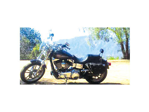 2006 HARLEY DAVIDSON Dyna Low rider 1 owner only 12600 mi new tires lots o