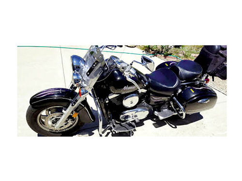 2004 KAWASAKI VULCAN NOMAD 1500 - Has been garaged new tires and battery no dents bruises in xln
