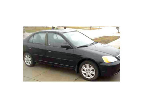 2003 HONDA CIVIC - Auto ac 4dr gets 36MPG great transportation 2900 obo 661-978-3120