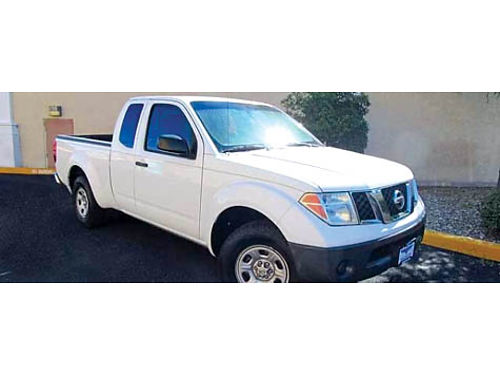 2004 NISSAN FRONTIER EXT CAB White hi fwy miles good work truck new tires brks clutch interi