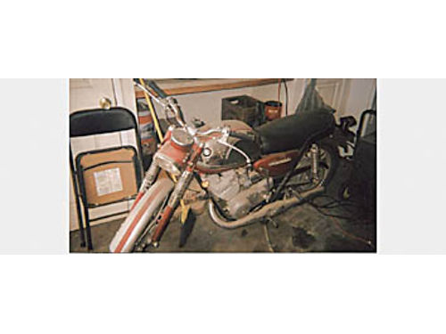 1965 SUZUKI 350 TWIN - Good paint  tires been in storage runs but carb needs cleaning  reset Ni