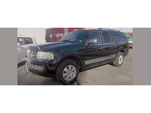 2007 LINCOLN NAVIGATOR - extra luxury blk beauty clean Carfax top of the line super roomy  fully