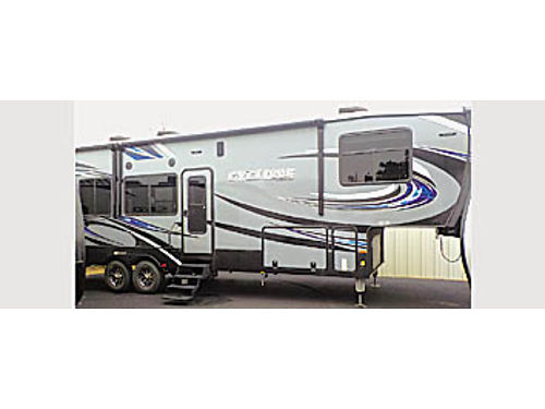 2017 CYCLONE 3418 TOYHAULER SW - from 90898 On Sale - 69995 PACIFIC COAST RV 2850 El Camino R