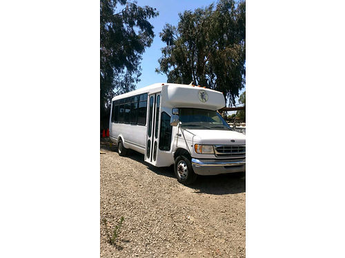 1989 FORD ECONOLINE BUS airporter can hold 25 passengers runs good smog certificate current reg
