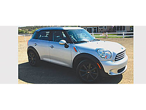 2014 MINI COOPER COUNTRYMAN 4 dr AT AWD 2 moon roofs and sunroof Bluetooth blk lthr htd seats