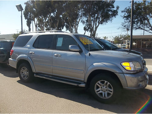 2004 TOYOTA SEQUOIA - Roomy  luxury full power ready for family affordable  reliable Loaded R