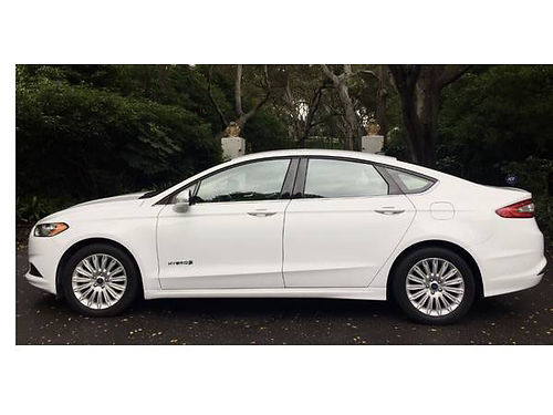 2013 FORD FUSION HYBRID auto 4cyl Excellent condition -----16337k----- miles Absolutely beaut