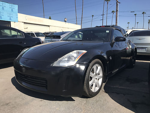 2004 NISSAN 350Z - Convertible Extra sporty  luxury automatic all power ready for fun  enjoy
