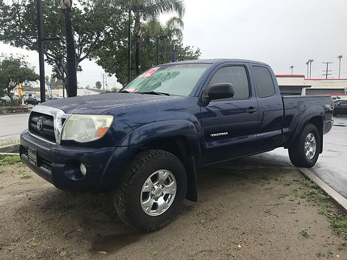 2006 TOYOTA TACOMA PRERUNNER -V6 access cab TRD off road pkg all pwr ready for family  strong f