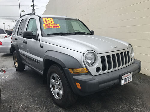 2006 JEEP LIBERTY 37L - auto all power extra clean ready for work or family loaded runs  look