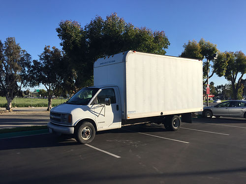 2001 CHEVY 3500 commercial box van auto 61K miles ac tow hitch ramp great mechanical cond ru