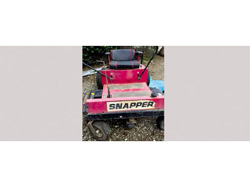 SNAPPER RIDE ON MOWER Commercial 52 wide deck 20 HP eng freshly serviced used only 1700 hours