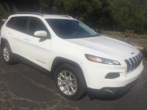 2015 JEEP CHEROKEE auto 4 wd orig owner 27K mi all pwr AC CD UConnect 8