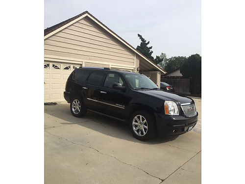 2009 GMC YUKON DENALI 71K mi original owner grt cond power running boards m