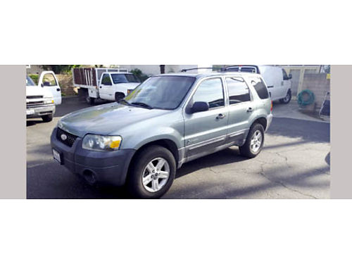 2005 FORD ESCAPE HYBRID Sport Utility 4-cyl 23L Auto 2 WD Radio AC maintenance records avai
