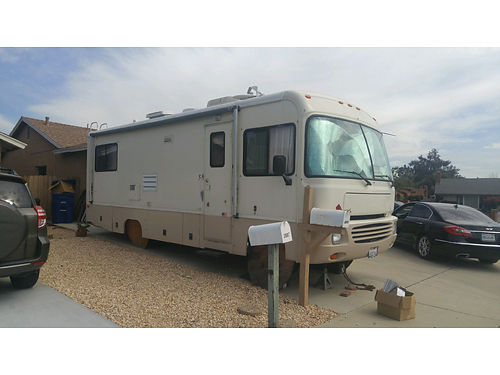 1996 SOUTHWIND 25 motorhome 40k miles new tires carpet TV convertor shocks has backup camera